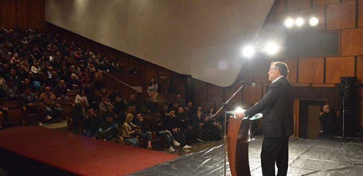 """Bashkëbisedim me socialistët dhe anëtarët e lëvizjes """"Zgjidhja"""" në Lushnjë"""