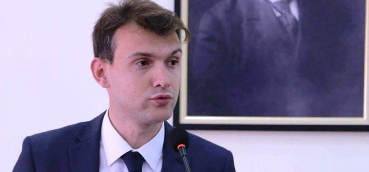 """Gylsen Zhllima: """"Pakti Kombëtar"""" dhe """"Platforma e lirisë"""" i japin fund krizës ciklike"""