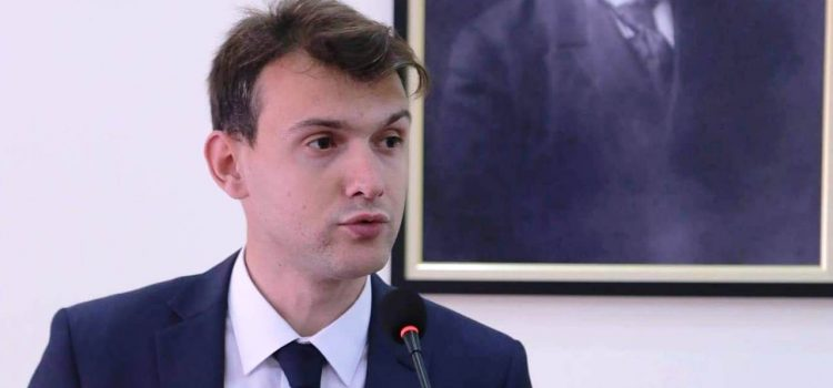 """Av.Gylsen Zhllima: """"Pakti Kombëtar"""", i domosdoshëm për demokracinë reale"""