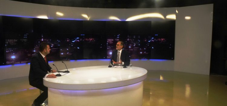 Intervista ime në UTV News me gazetarin Alen Xhelili
